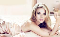 Scarlett Johansson wallpaper 1920x1200 jpg