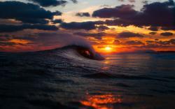 ocean sea waves sunset sunrise sky clouds spray splash drops wallpaper background
