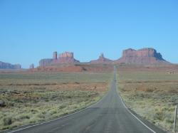 File:Road to Sedona, AZ.jpg