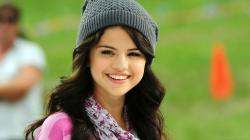 Selena Gomez Best Child Actress Cute Wallpapers Tablet Cellphone