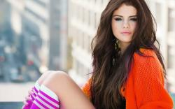 Selena Gomez Wallpaper Hot