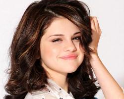 Beautiful Selena Gomez Photo