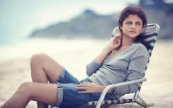 Selena Gomez Beach
