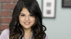 Download Selena gomez, Girl, Smile, Face, Brunette Wallpaper, Background