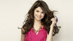 ORG Selena Gomez HD Wallpaper Selena-Gomez-Hot-Smile-HD-Wallpaper ...