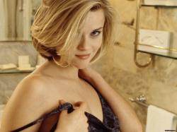 reese witherspoon knowing look