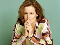 Sigourney Weaver free wallpapers