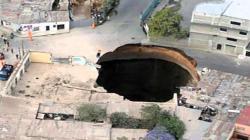 Man Falls Down Guatemala Sinkhole! (FAKE)