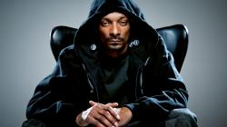 While most of the celebrity world was out in Las Vegas experiencing the Floyd Mayweather fight, Snoop Dogg had other obligations that brought him to the ...