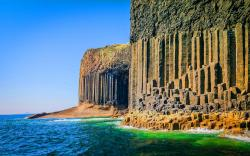 Staffa island shore scotland