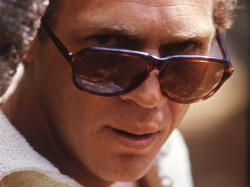 The king of cool - steve-mcqueen Wallpaper
