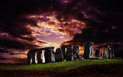 Stonehenge at twilight wallpaper