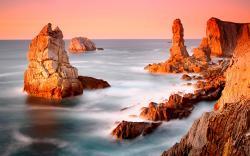 Amazing Beach Rocks Wallpaper