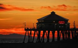 Sunset pier restaurant