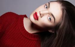 Sweater Red Lips Girl Fashion
