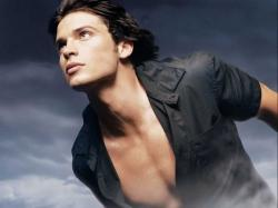 Tom Welling Official Sources