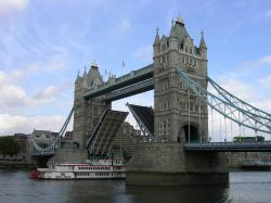 File:Tower Bridge open.jpg