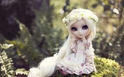 Toy Doll Blonde Hair Wallpaper