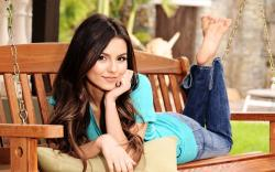 Victoria Justice download
