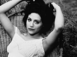 "Download the following Vintage Brittany Murphy 19054 by clicking the orange button positioned underneath the ""Download Wallpaper"" section."