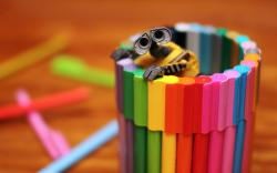 Walle toy crayons