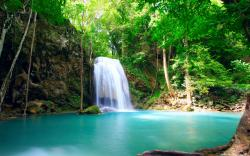 Download this Waterfall Waterfalls Nature Wallpapers picture