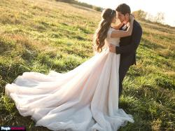 When Ben Seewald Saw Jessa Duggar in Her Wedding Dress – and More Intimate Duggar Wedding