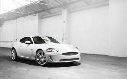 Cool White Car Wallpaper 32700 1920x1200 px