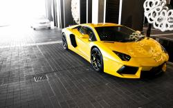 Yellow Lamborghini Aventador LP700 Wallpaper