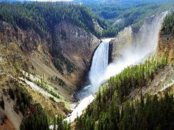 yellowstone national park .